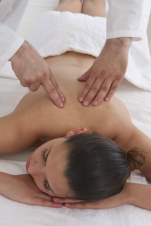 Le massage Breuss : énergie et apaisement