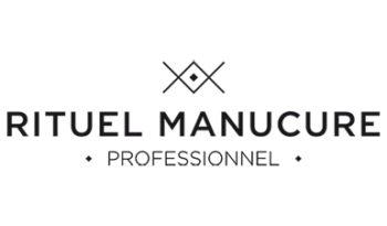 Rituel Manucure au salon spa et esthétique