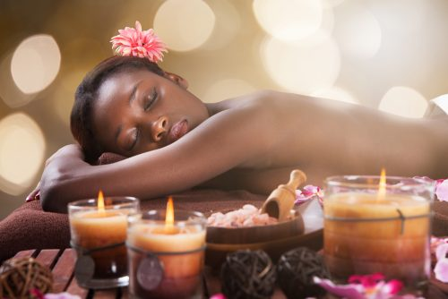 Mîndidîn, massage africain post-natal
