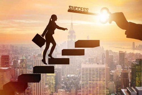 Comment s'inspirer des géants pour gravir les marches du succès ?