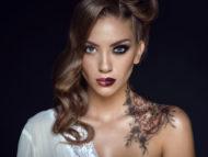 Démonstration Esthétique : Le maquillage : un visage, un miroir