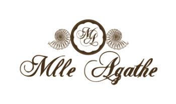 Mlle Agathe au salon spa et esthétique