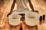 Démonstration Esthétique : Harmonie et vitalité par un massage énergétique et le chant des bols de cristal
