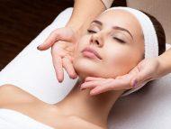 Démonstration Esthétique : Les 3 clés de la réussite d'un massage visage anti-âge manuel efficace et durable